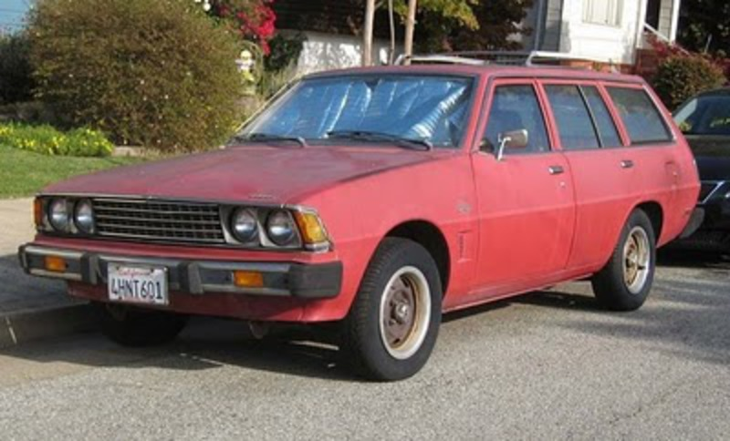 Here is another 1978 Dodge Colt Station Wagon I found on the interweb.