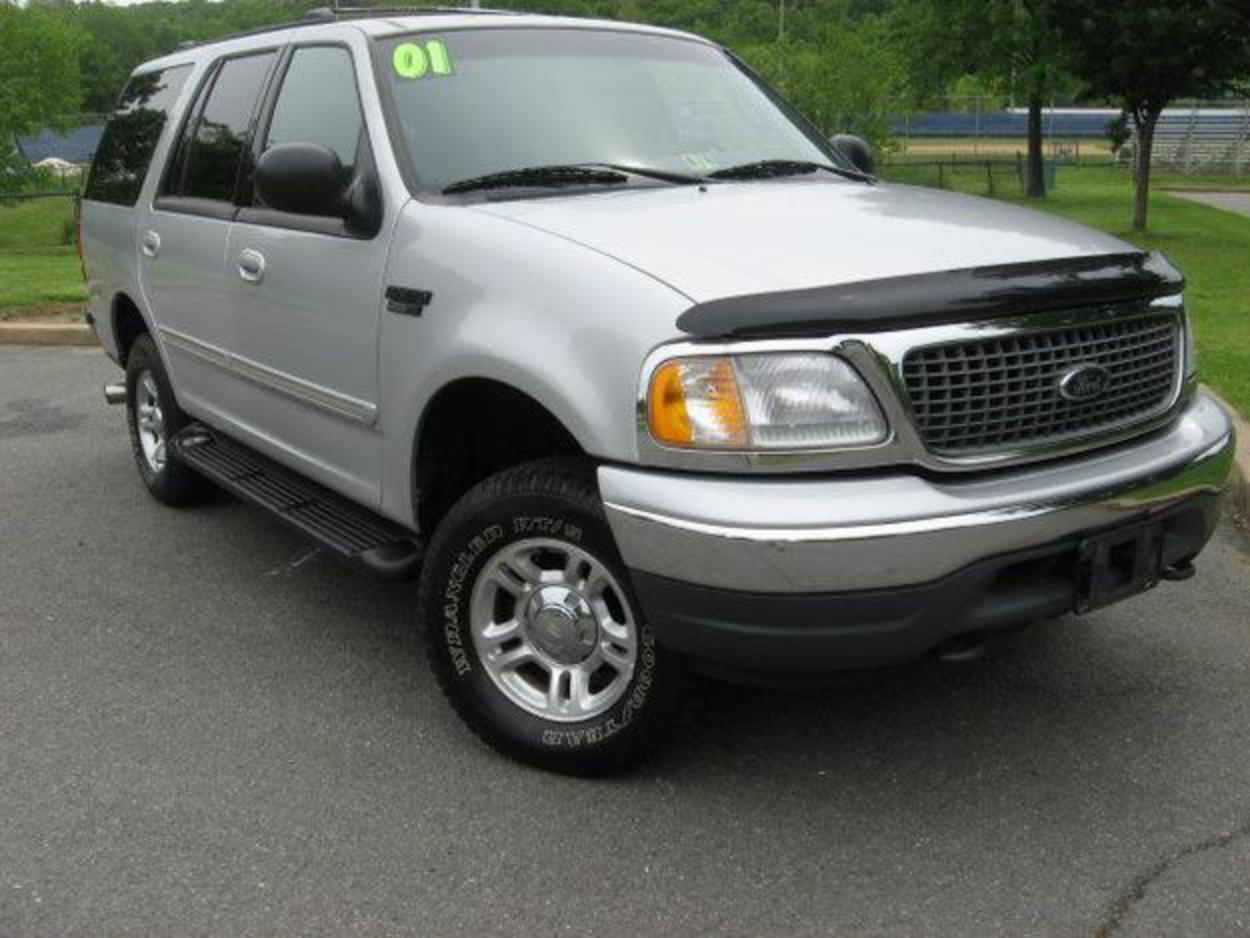 topworldauto photos of ford expedition xlt photo galleries. Black Bedroom Furniture Sets. Home Design Ideas