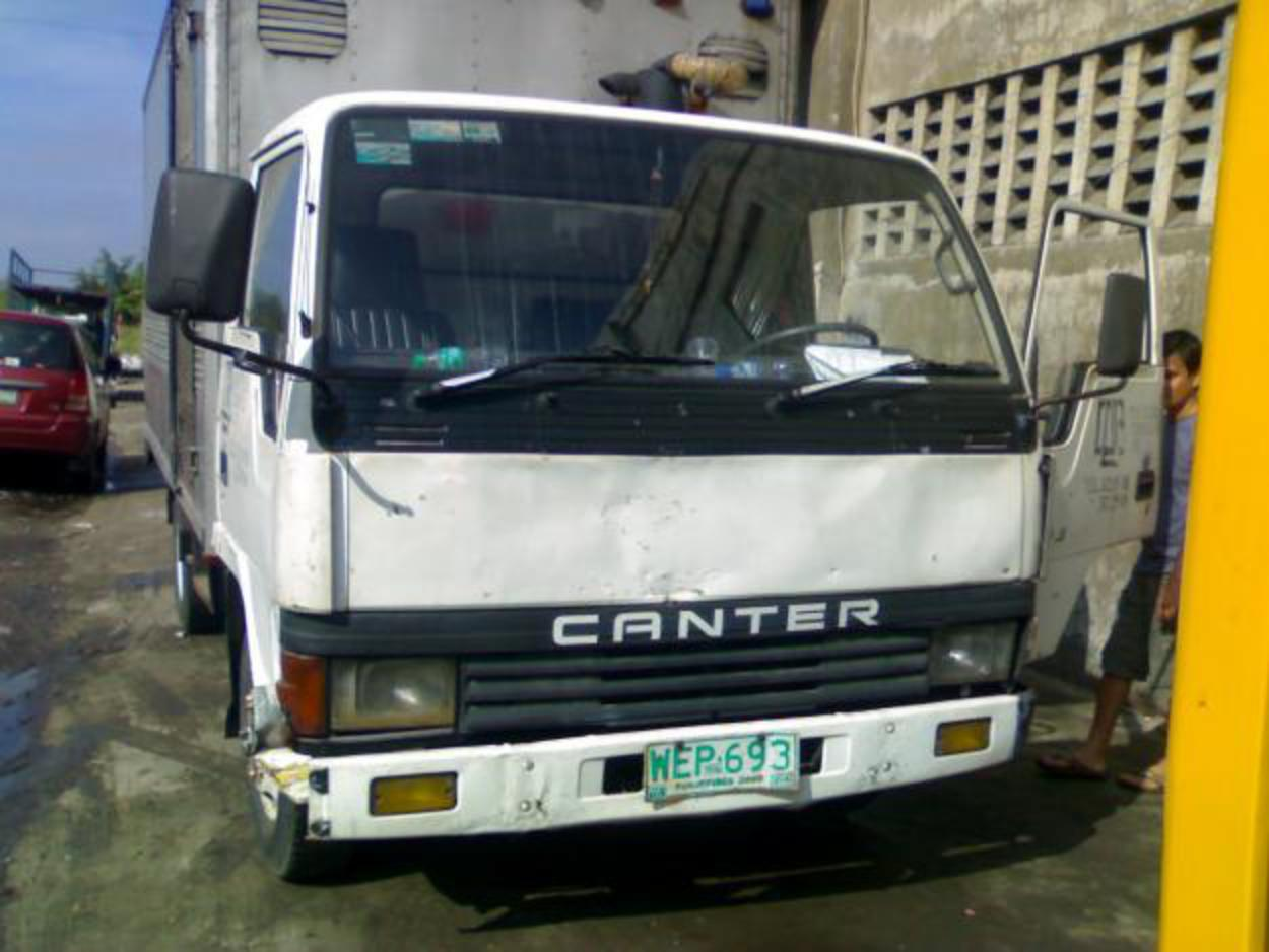 Pictures of RUSH SALE MITSUBISHI CANTER