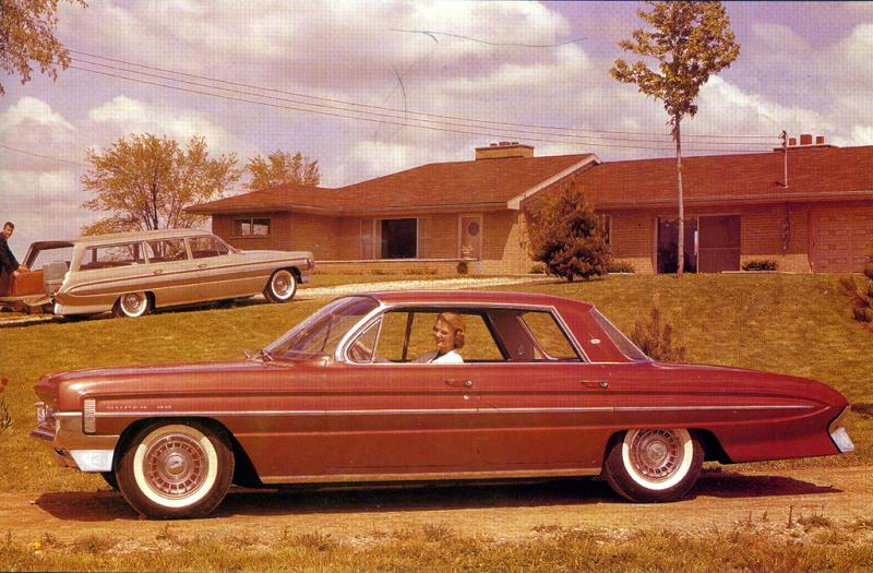Oldsmobile Super 88 Holiday Sport Coupe – United States