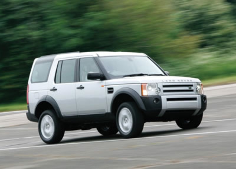 Land Rover LR3 broadens its line-up with the addition of a V6 engine,