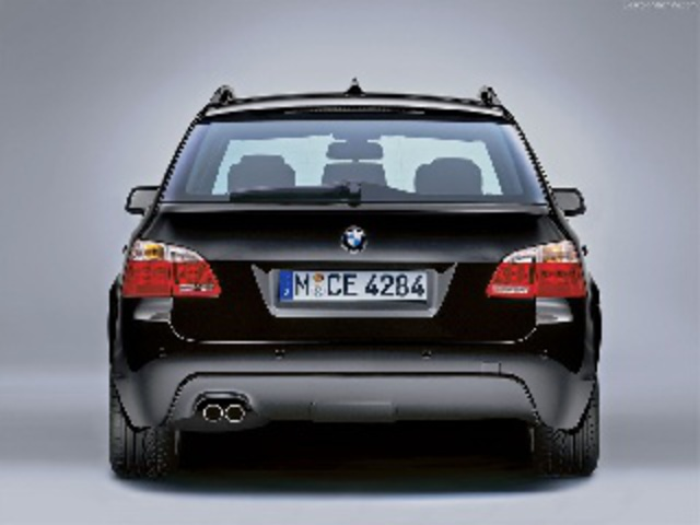 BMW 535d Touring M-Package Wallpaper - 4