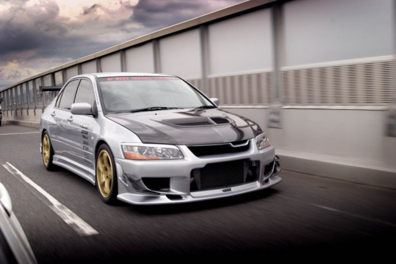 Mitsubishi Lancer EVO 7 NZPC 114 fq dyn. Touge drifters punting their slide