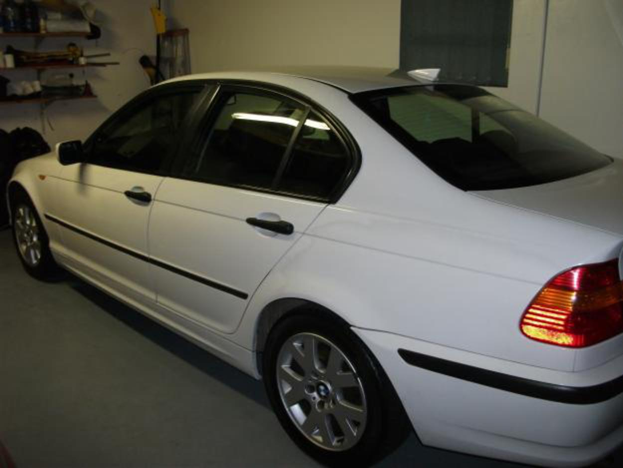 Pictures of 2002 BMW 318i AUTOMATIC