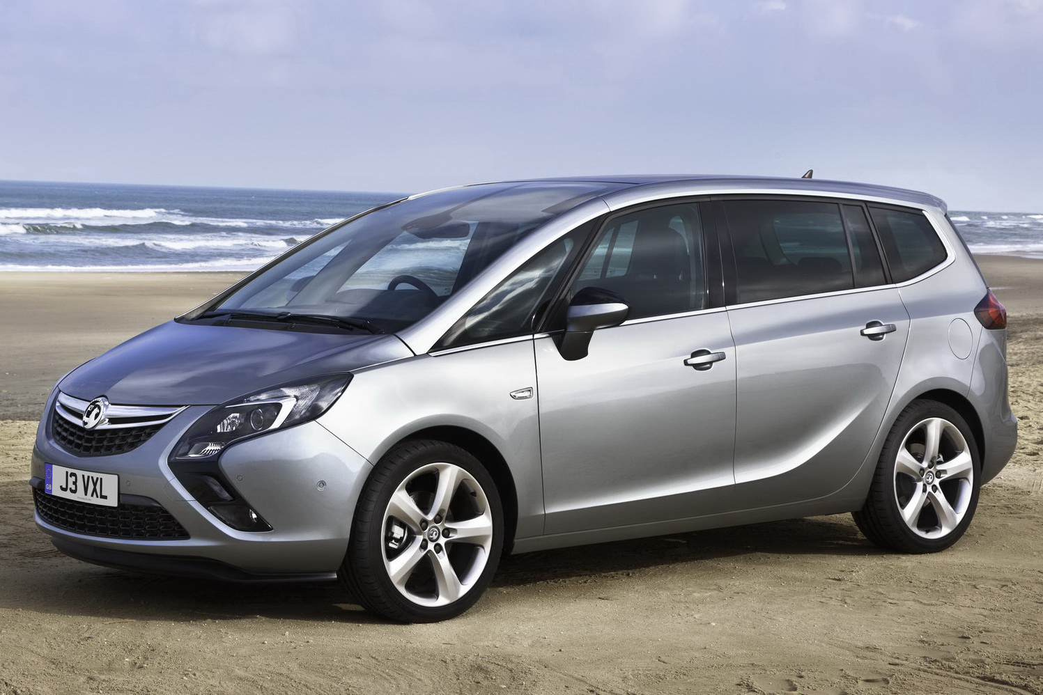 All-New 2012 Opel Zafira 7-Seater Minivan with Revised Car Upgradation Kit