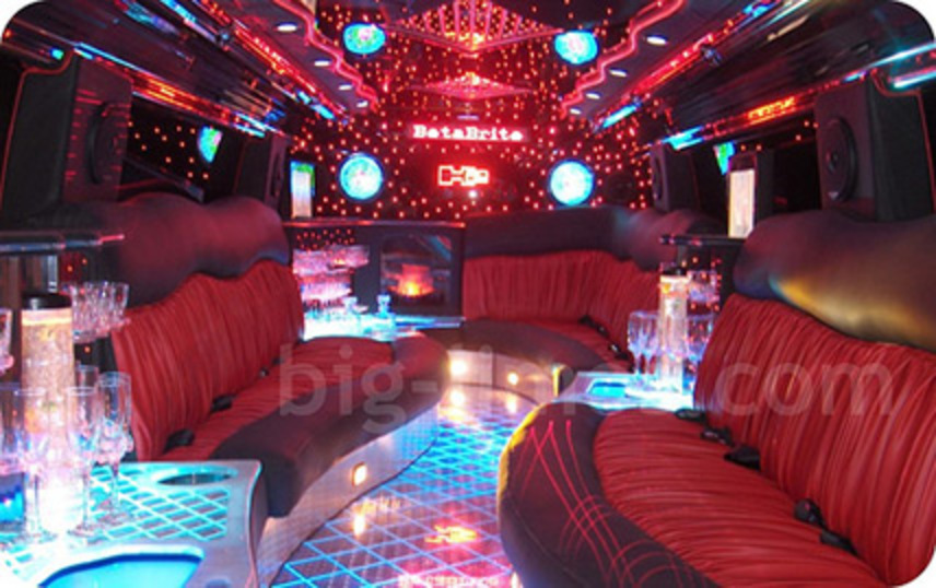 Stretch Hummer H2 Limo