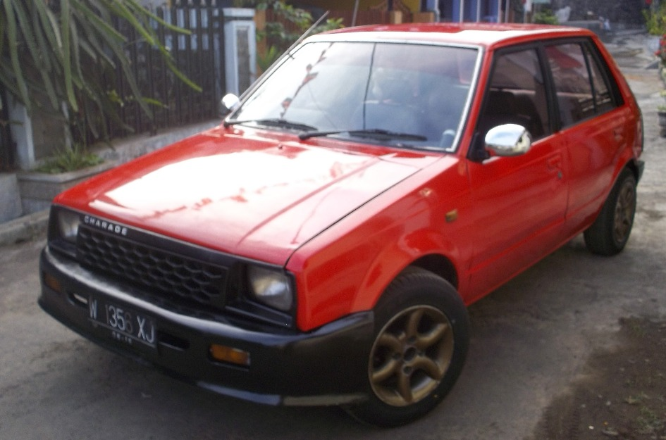 TopWorldAuto >> Photos of Daihatsu Charade CS - photo ...