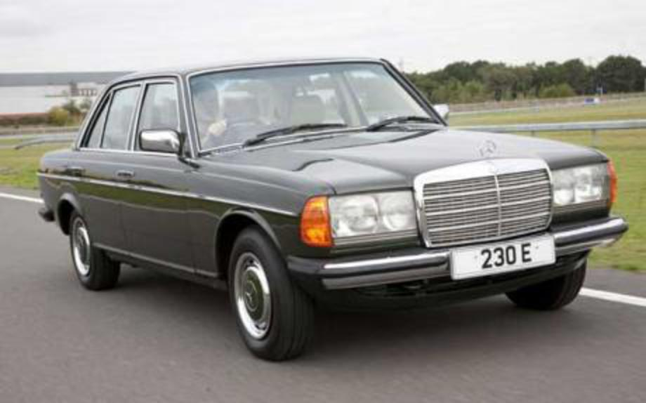 Classic Mercedes-Benz W123. Image 1 of 3