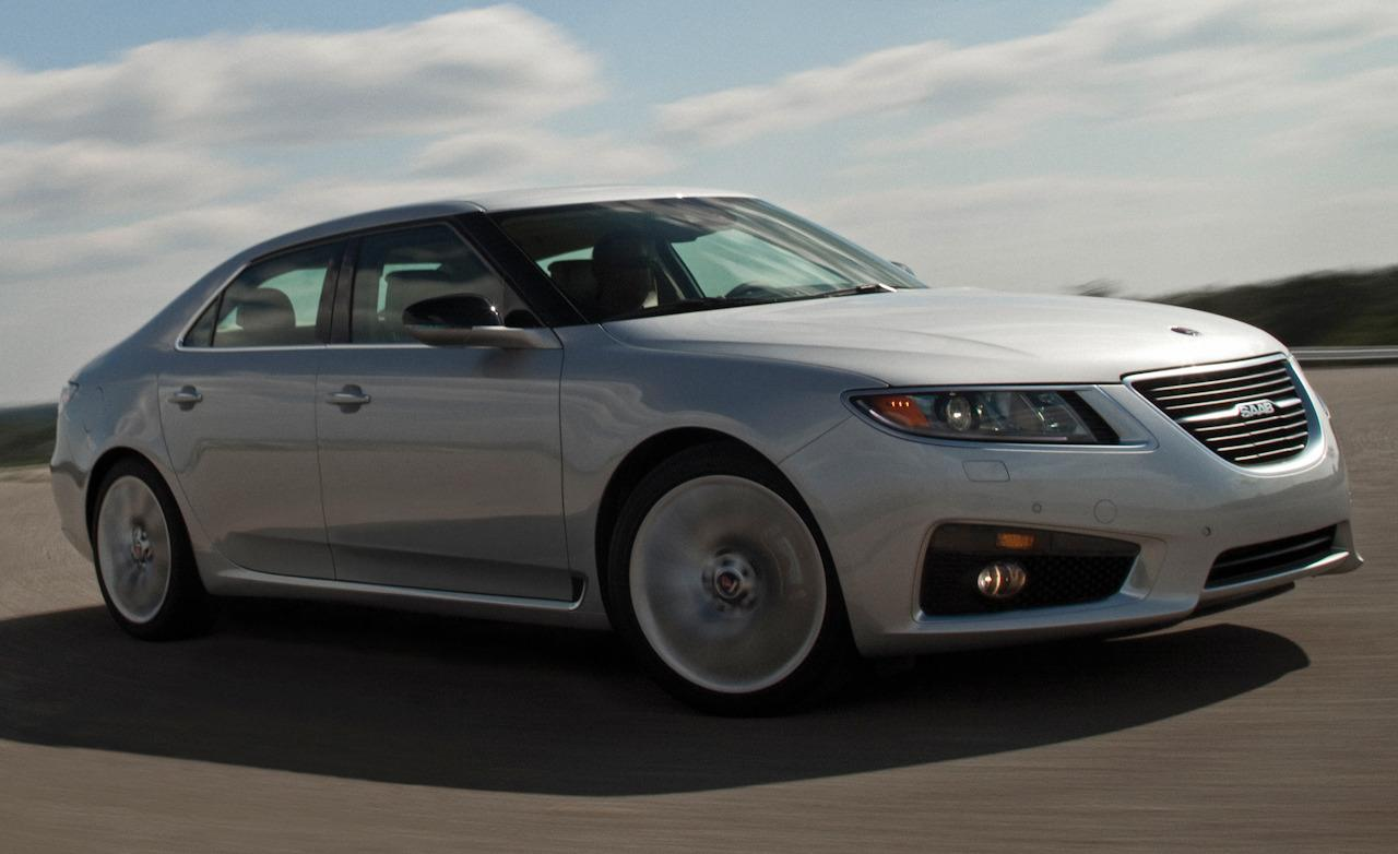 2011 Saab 9-5 Aero XWD - Photo Gallery of Road Test from Car and ...