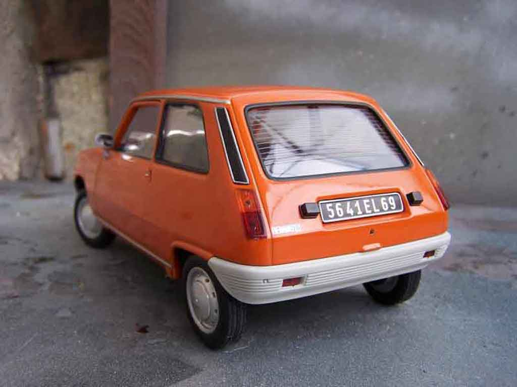 Be Careful, the pictures of Renault 5 TL are the property of their