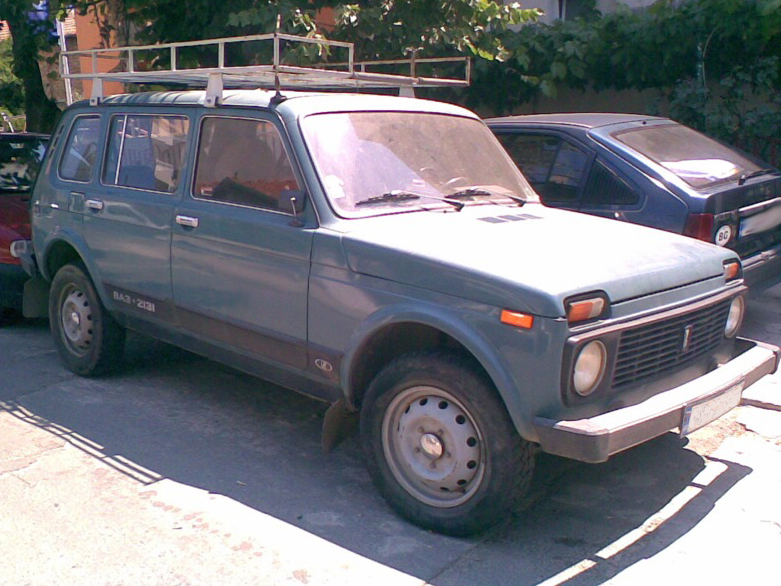 File:Lada Niva 2131.jpg. No higher resolution available.