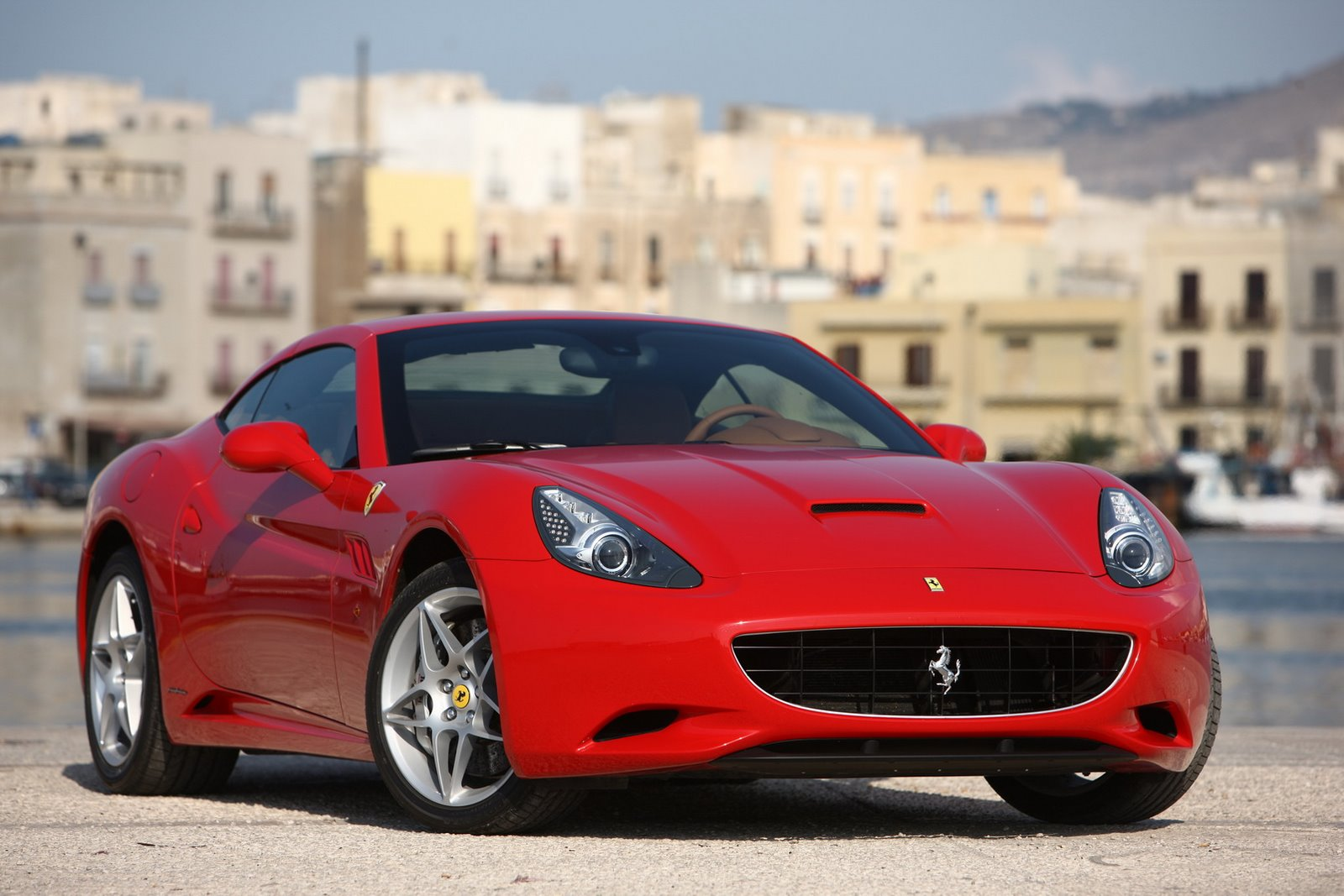 product mix of ferrari The marketing mix has been defined as the set of marketing tools that the firm uses to pursue its marketing objectives in the marketing mix: product, price.