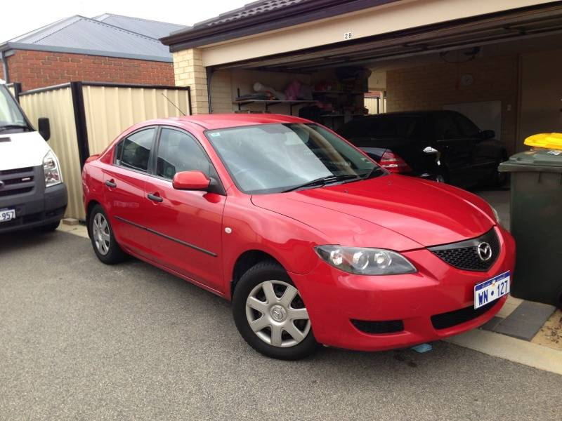 Very Nice Mazda 3 MAXX 2005/2006 LOW KM CHEAP. $7,990.00
