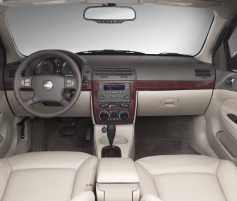 2005 Chevrolet Cobalt LT Sedan Review
