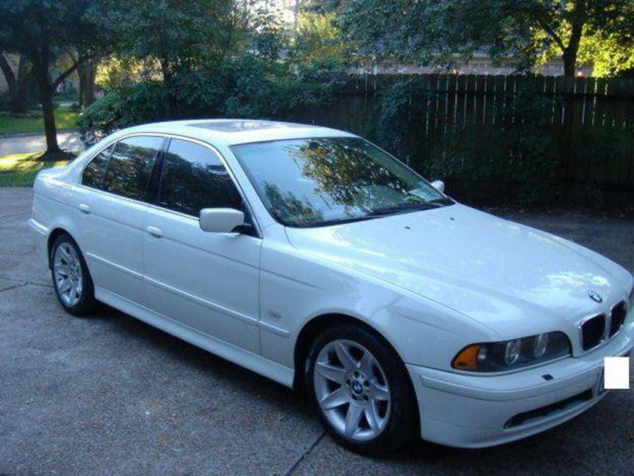 Pictures of 2003 BMW 525i