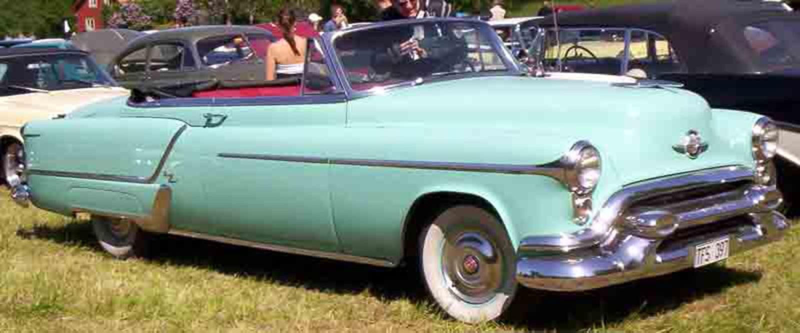 File:Oldsmobile 98 Convertible 1953.jpg. No higher resolution available.