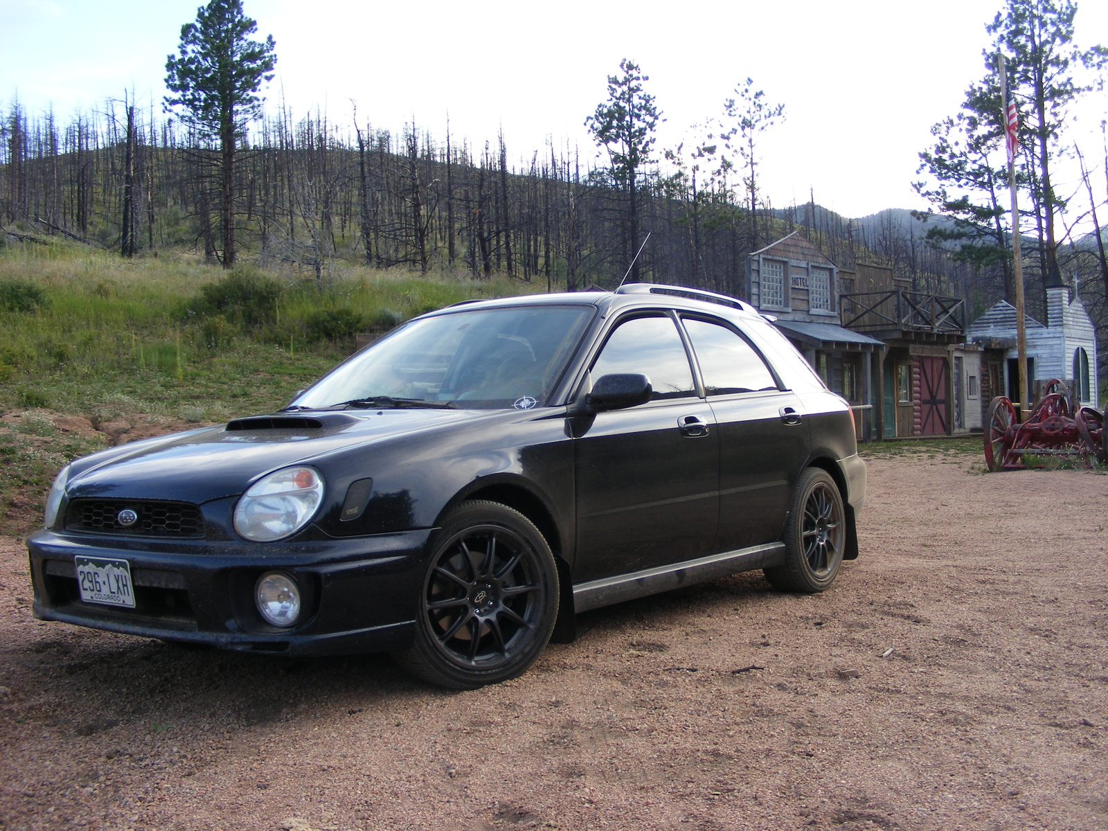 Topworldauto photos of subaru impreza wrx wagon photo galleries 2002 subaru impreza wrx wagon picture exterior vanachro Images