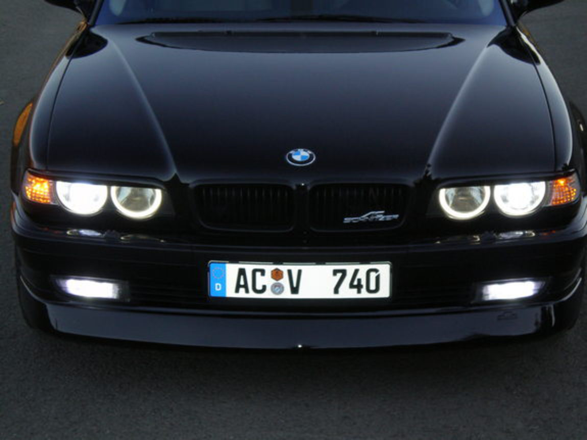 BMW 740iA. View Download Wallpaper. 575x431. Comments