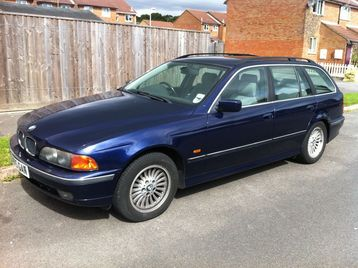 BMW 528i Estate