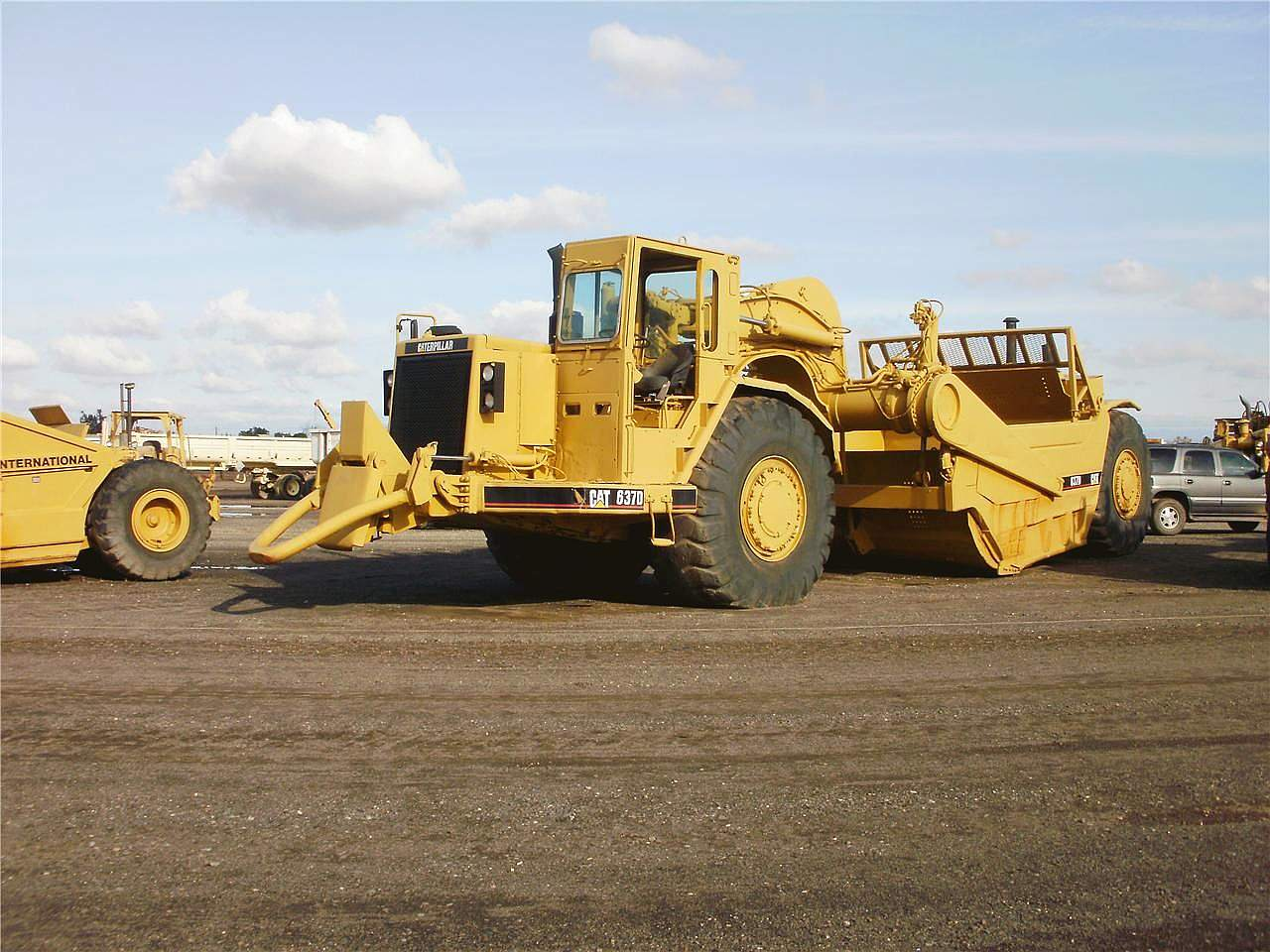 Caterpillar 627E Scraper