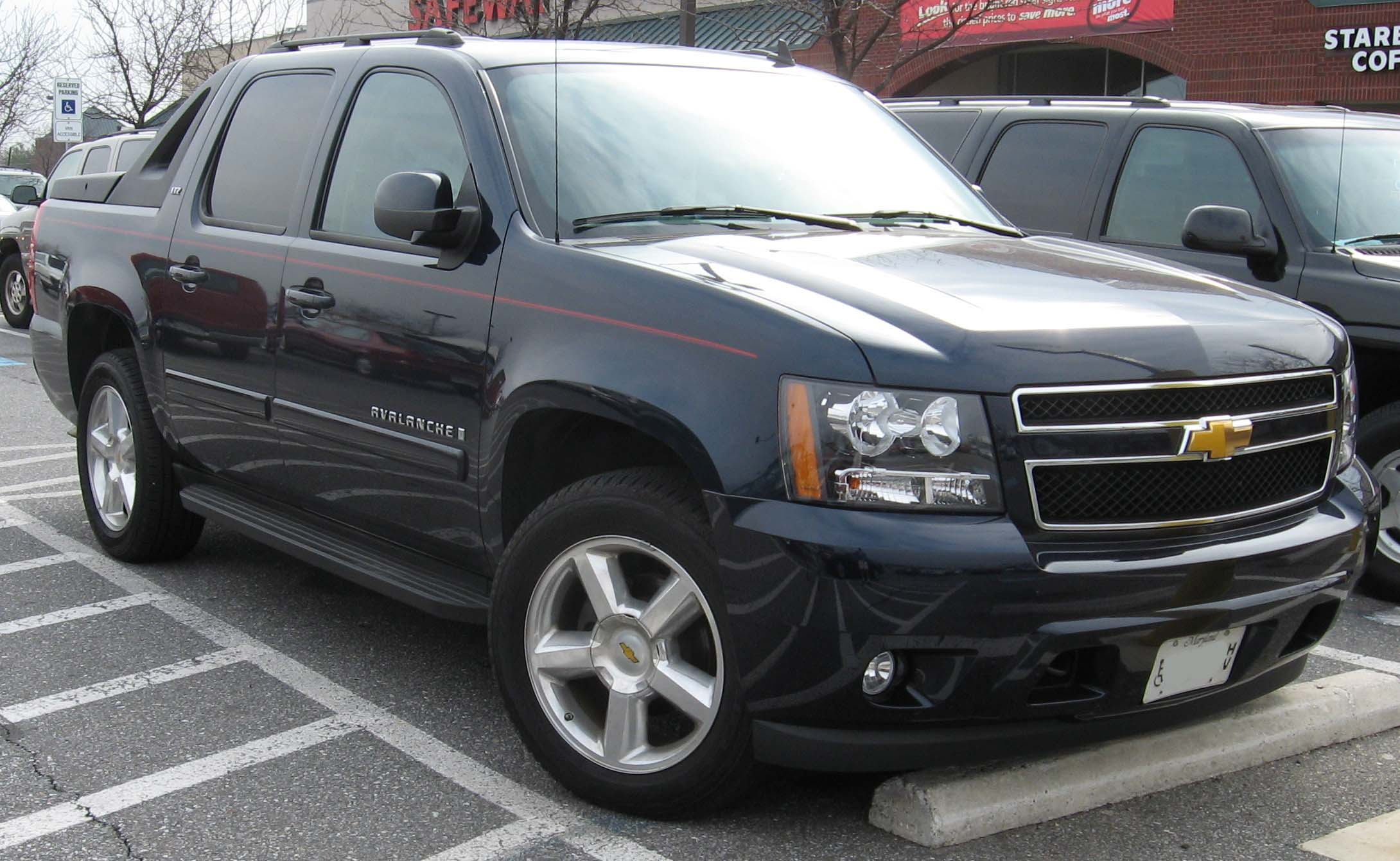 chevrolet-avalanche-02 Great Description About Chevy Avalanche 2013 with Amazing Pictures Cars Review
