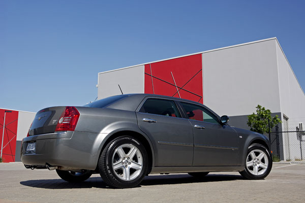 Chrysler 600 E-Series