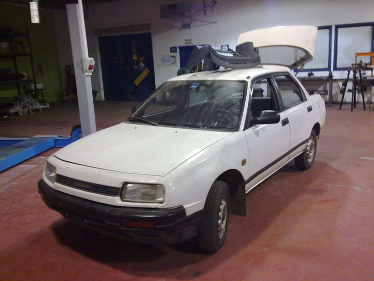 Daihatsu Applause 16 L 16v