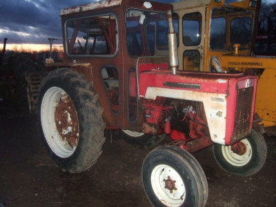 International Harvester 434