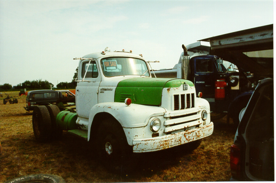 International Harvester R-190