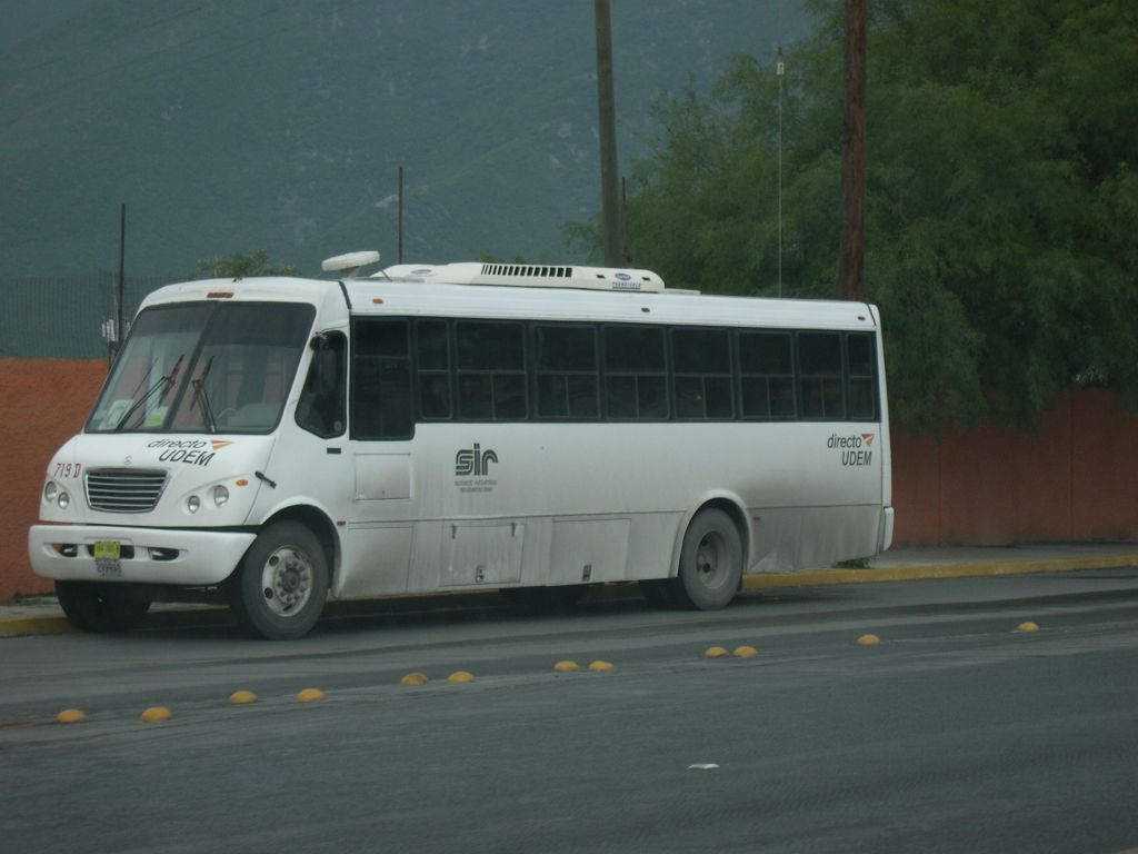 International Magno 1040 SC