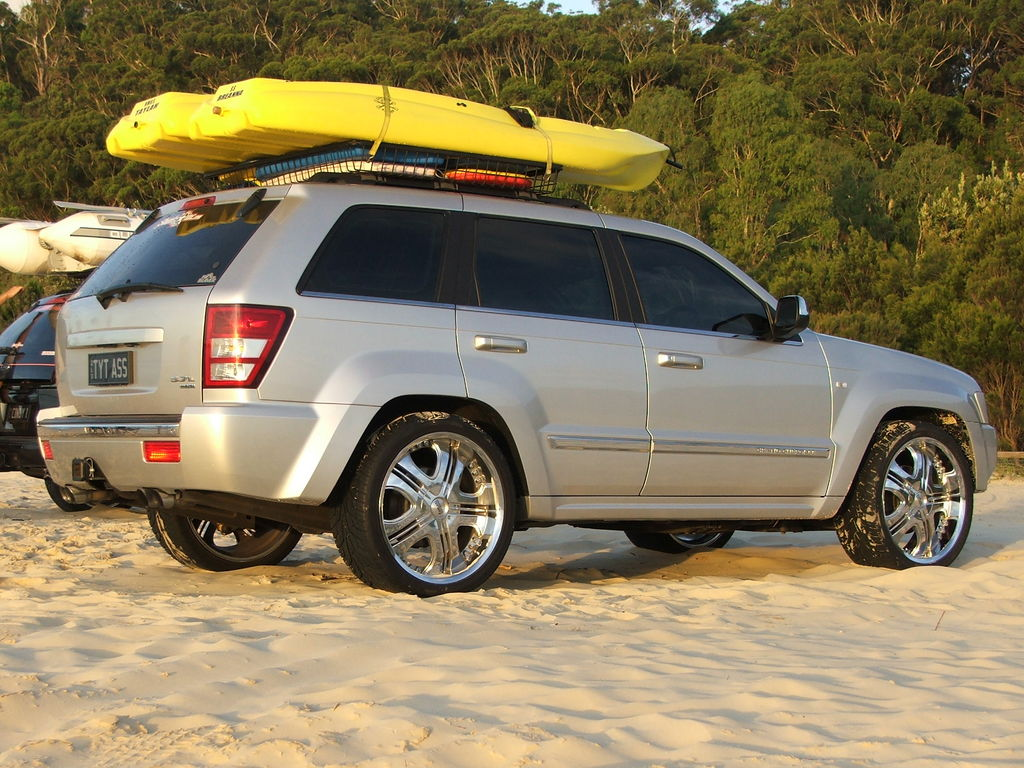 jeep grand cherokee hemi limited specs photos videos and more on topworldauto. Black Bedroom Furniture Sets. Home Design Ideas