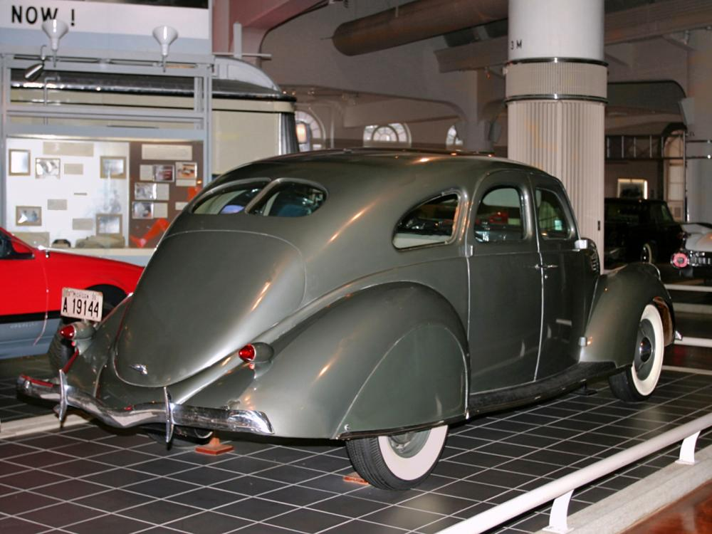 Lincoln Zephyr 4 Door Sedan