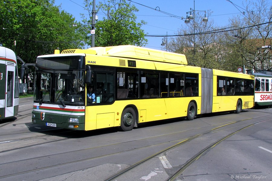 MAN NG 313 CNG articulated low-floor
