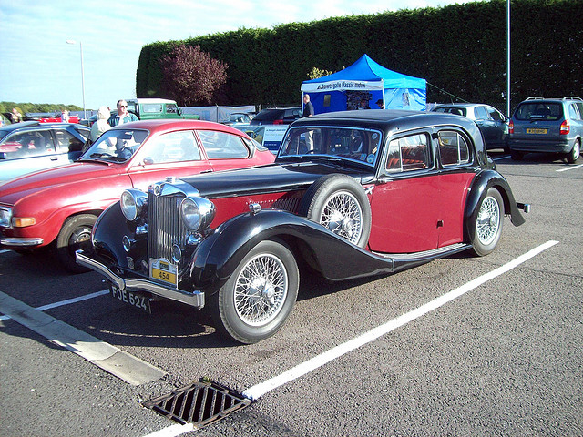 MG WA saloon