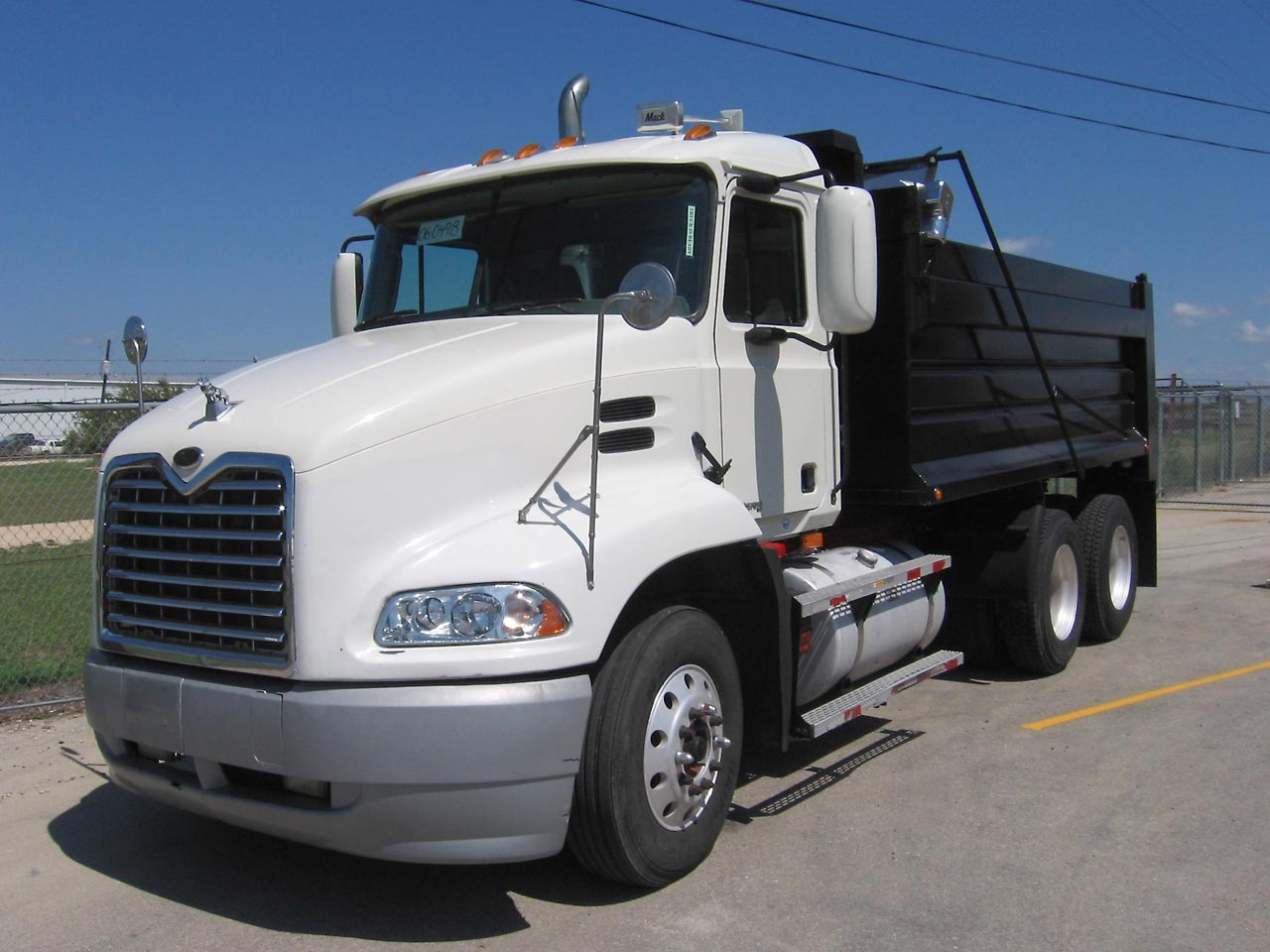 Mack CTP713B Granite Axle Back