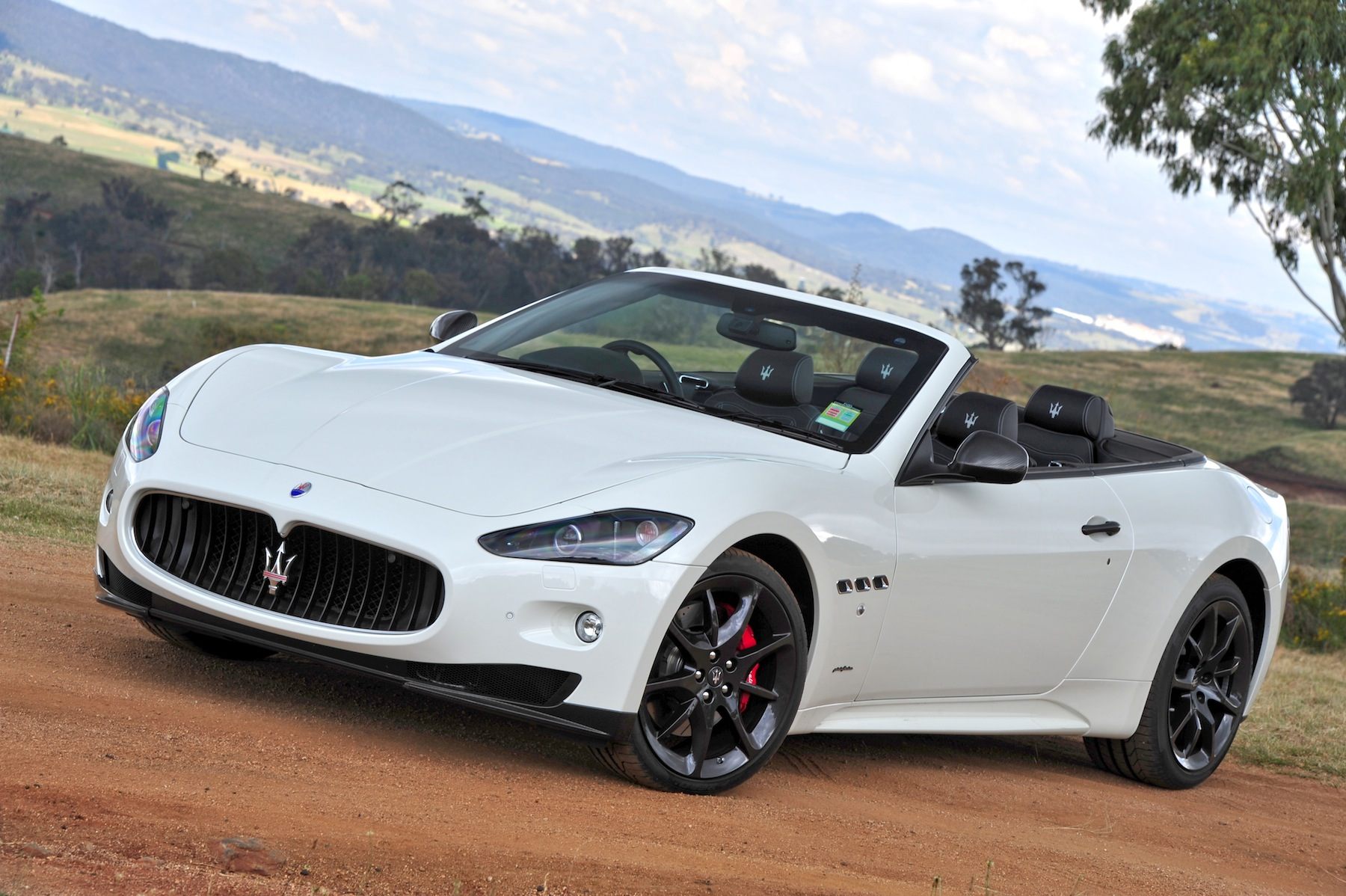 Maserati Grancabrio Specs Photos Videos And More On