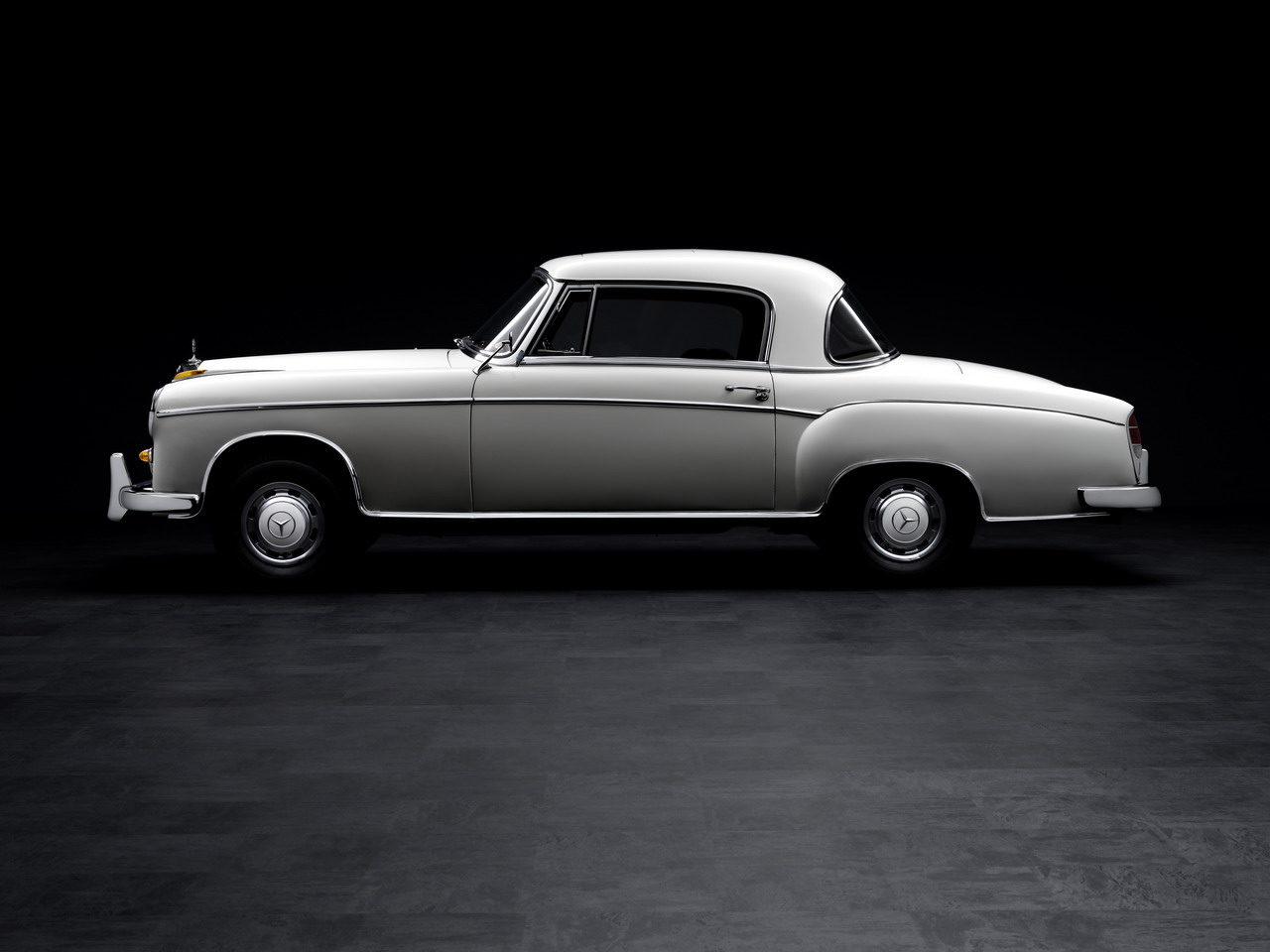 topworldauto photos of mercedes benz 220se coupe photo galleries. Black Bedroom Furniture Sets. Home Design Ideas
