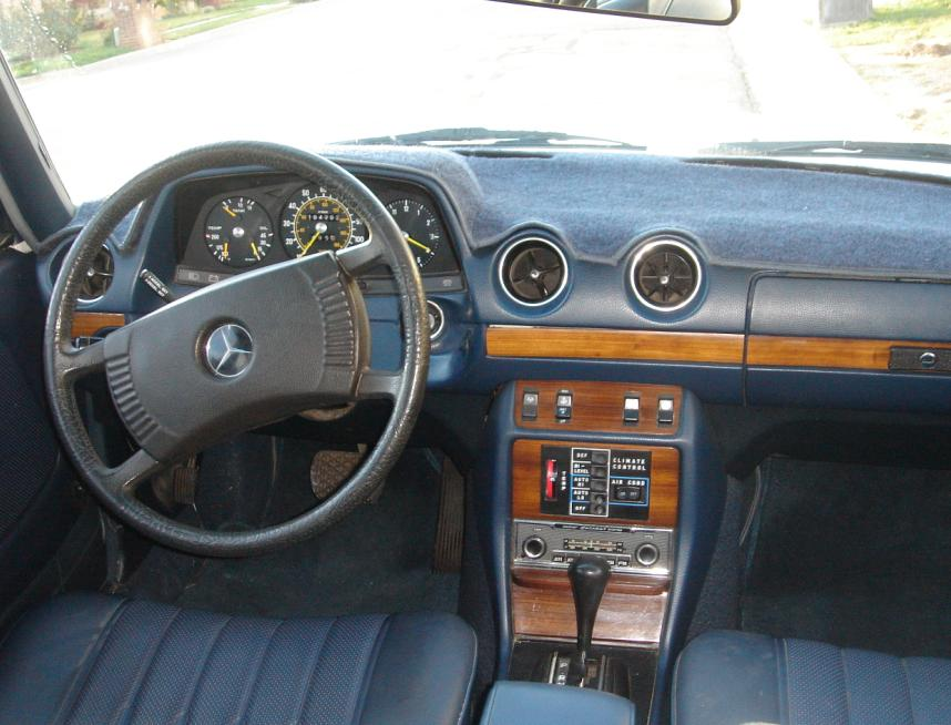 Mercedes-Benz 300 D Automatic