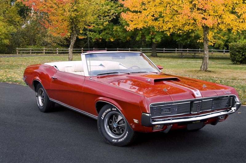 Mercury Cougar XR-7 convertible