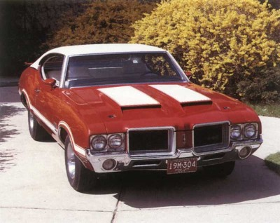 Oldsmobile 4-4-2 coupe