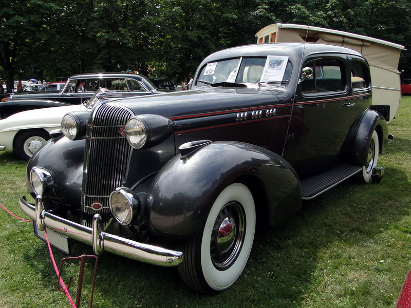 Oldsmobile L-36 touring sedan