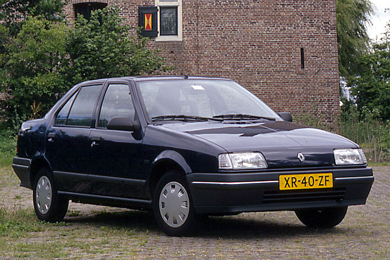 Renault 19 TR