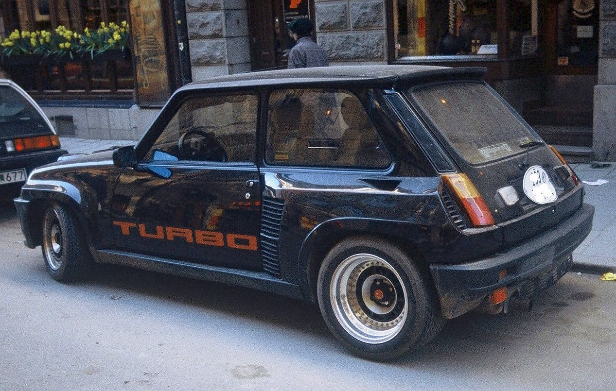 renault 5 turbo 2 specs photos videos and more on topworldauto. Black Bedroom Furniture Sets. Home Design Ideas