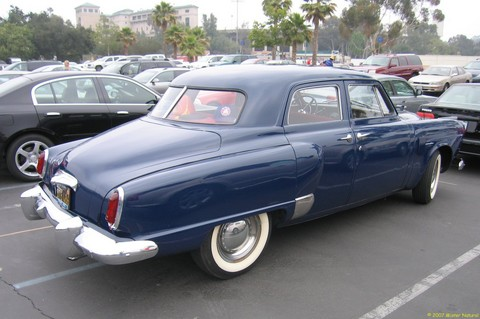 Studebaker Champion 4-dr Sedan
