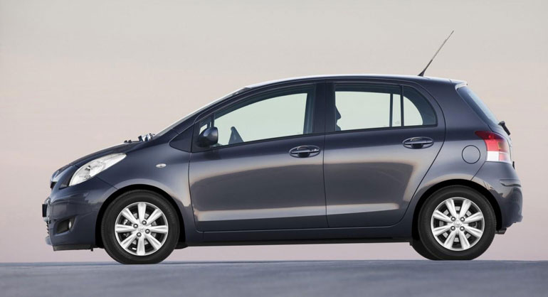 Toyota Yaris Sport, Photo #4