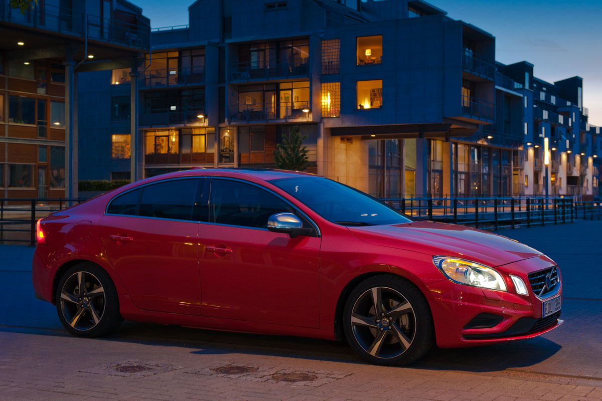 Volvo S60 D5 Awd Specs Photos Videos And More On Topworldauto