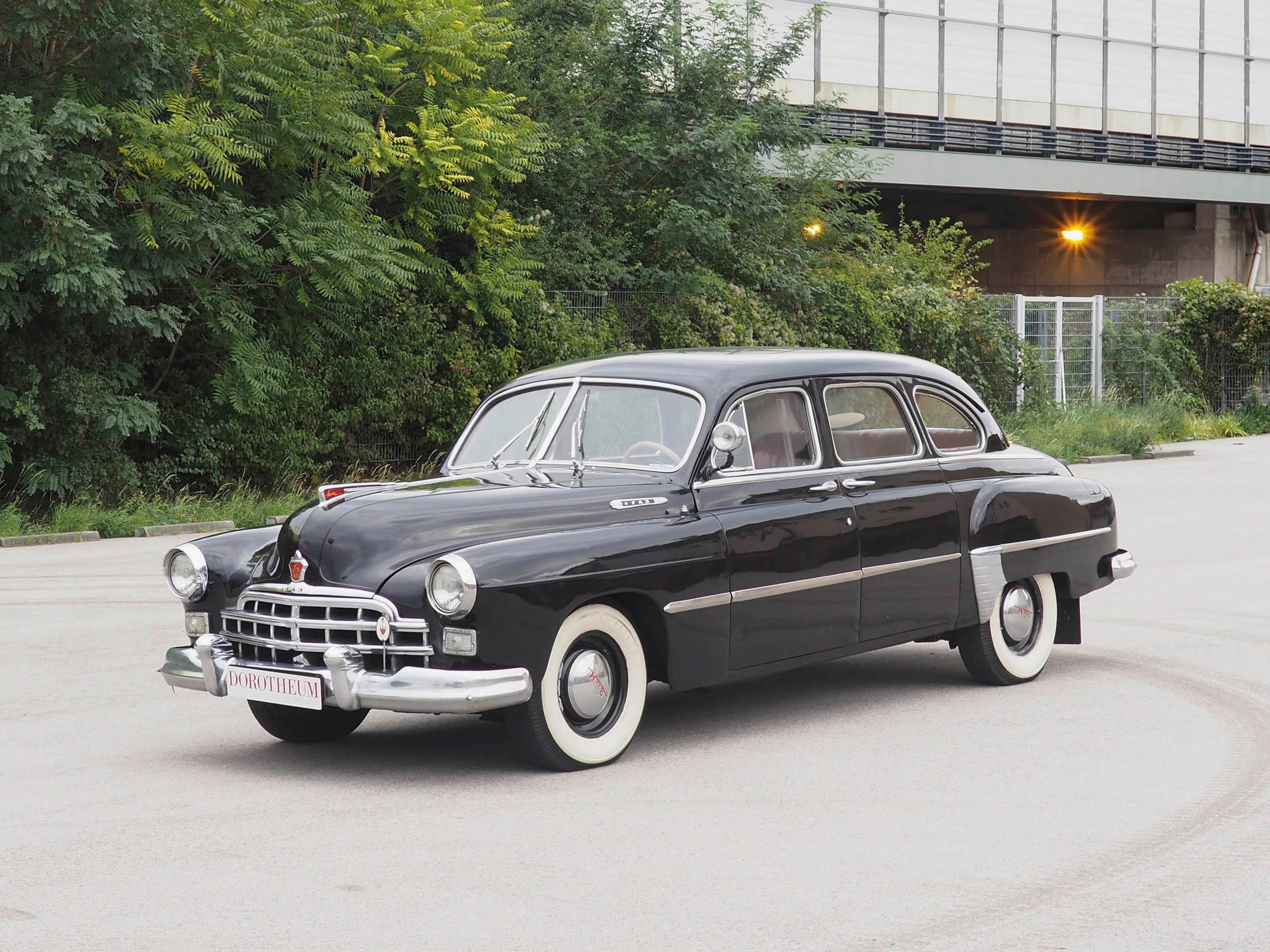 weiß- 1//43--IXO//IST//Kultowe Auta--NEU--OVP GAZ-12 ZIM Limousine-