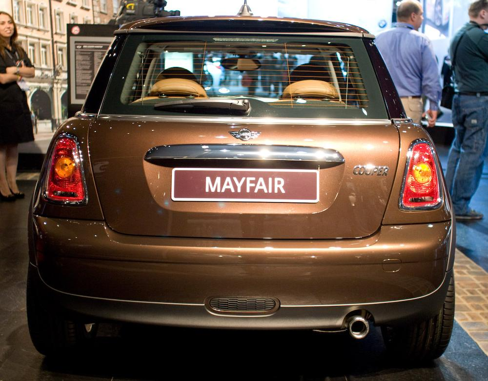 Mini Mayfair Photo Gallery: Photo #01 out of 11, Image Size - 580 ...