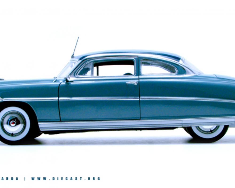 Highway 61 1:18 1953 Hudson Hornet Club Coupe - Diecast Zone