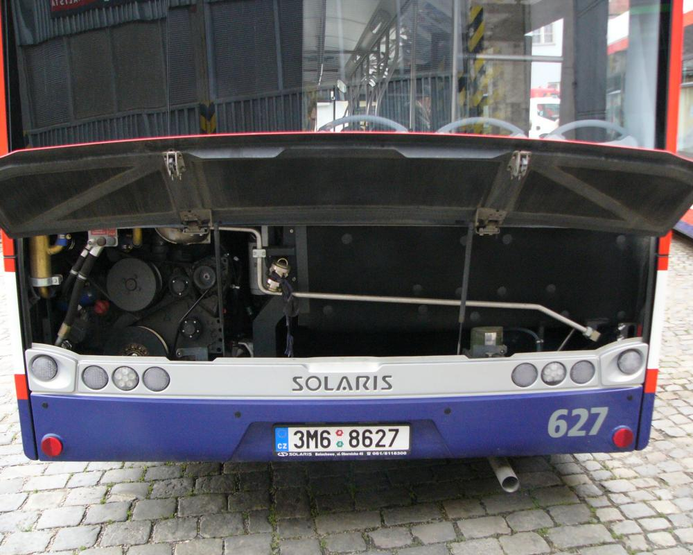 File:Solaris Urbino 12 engine.jpg - Wikimedia Commons